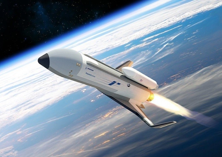 Travelling to Space: How to Work With Space Travel Companies