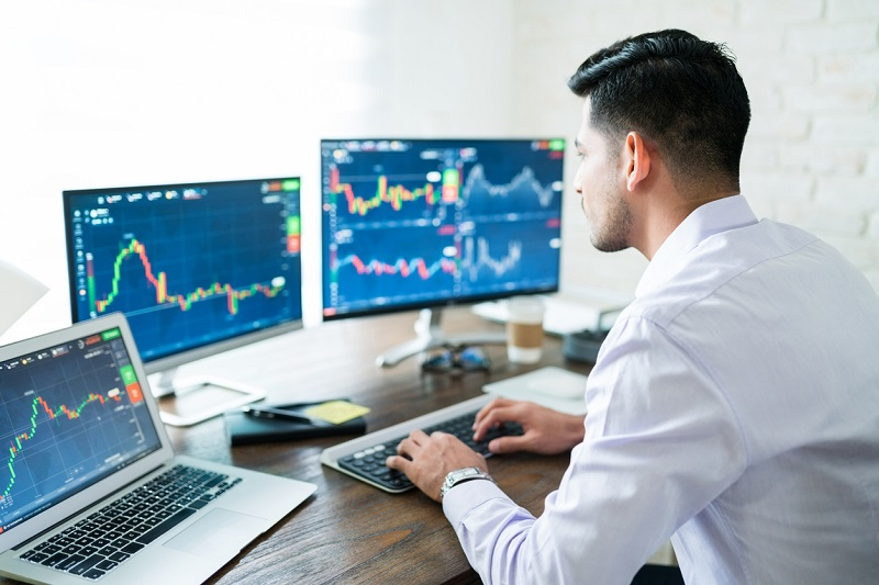 Improving your trading skills like a pro trader