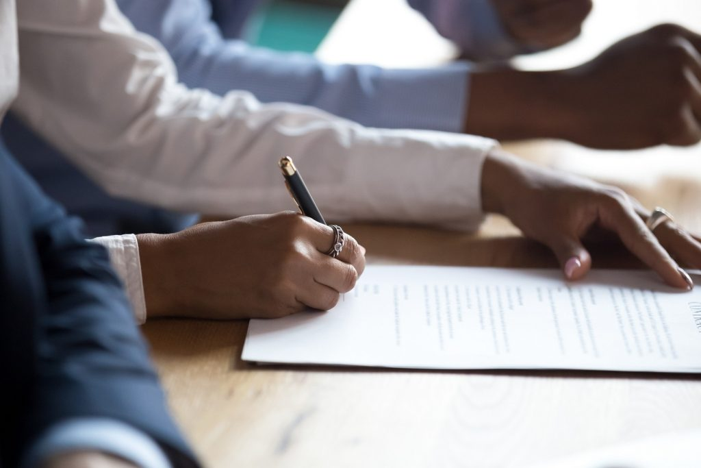 The Importance of Tracking Your Business Contracts for Performance